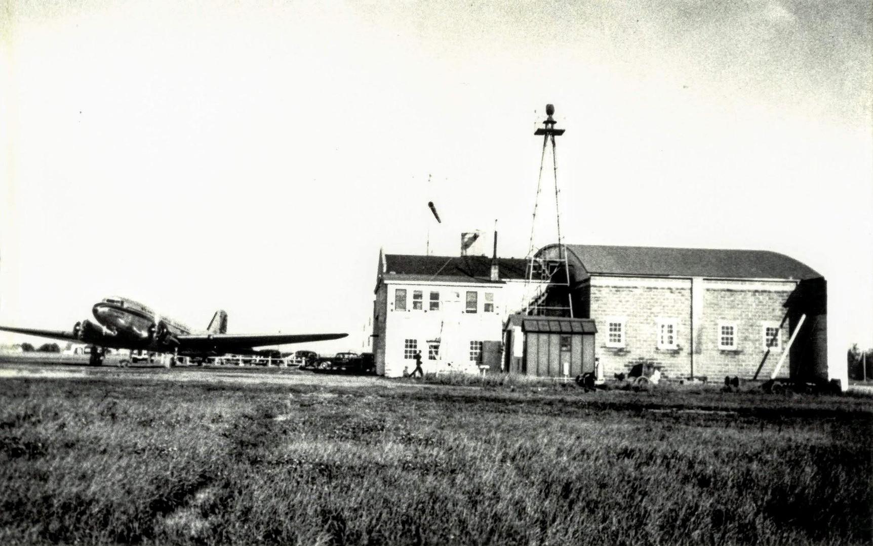 Sault Ste. Marie Municipal Airport, 1939