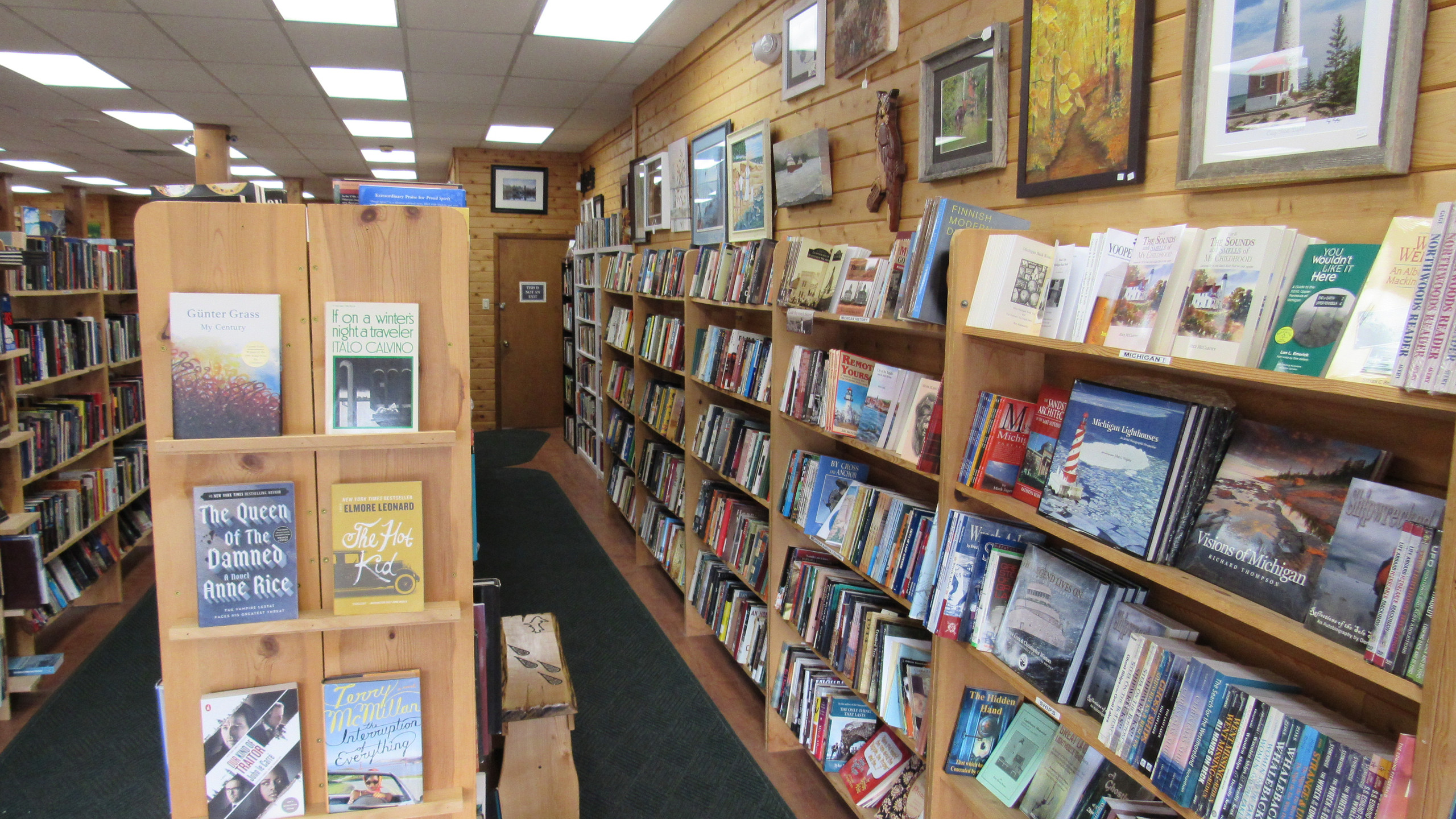 Island Books and Crafts (4)