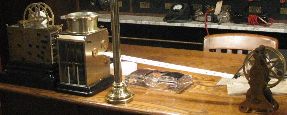 Mechanical decoding of telegraph signal