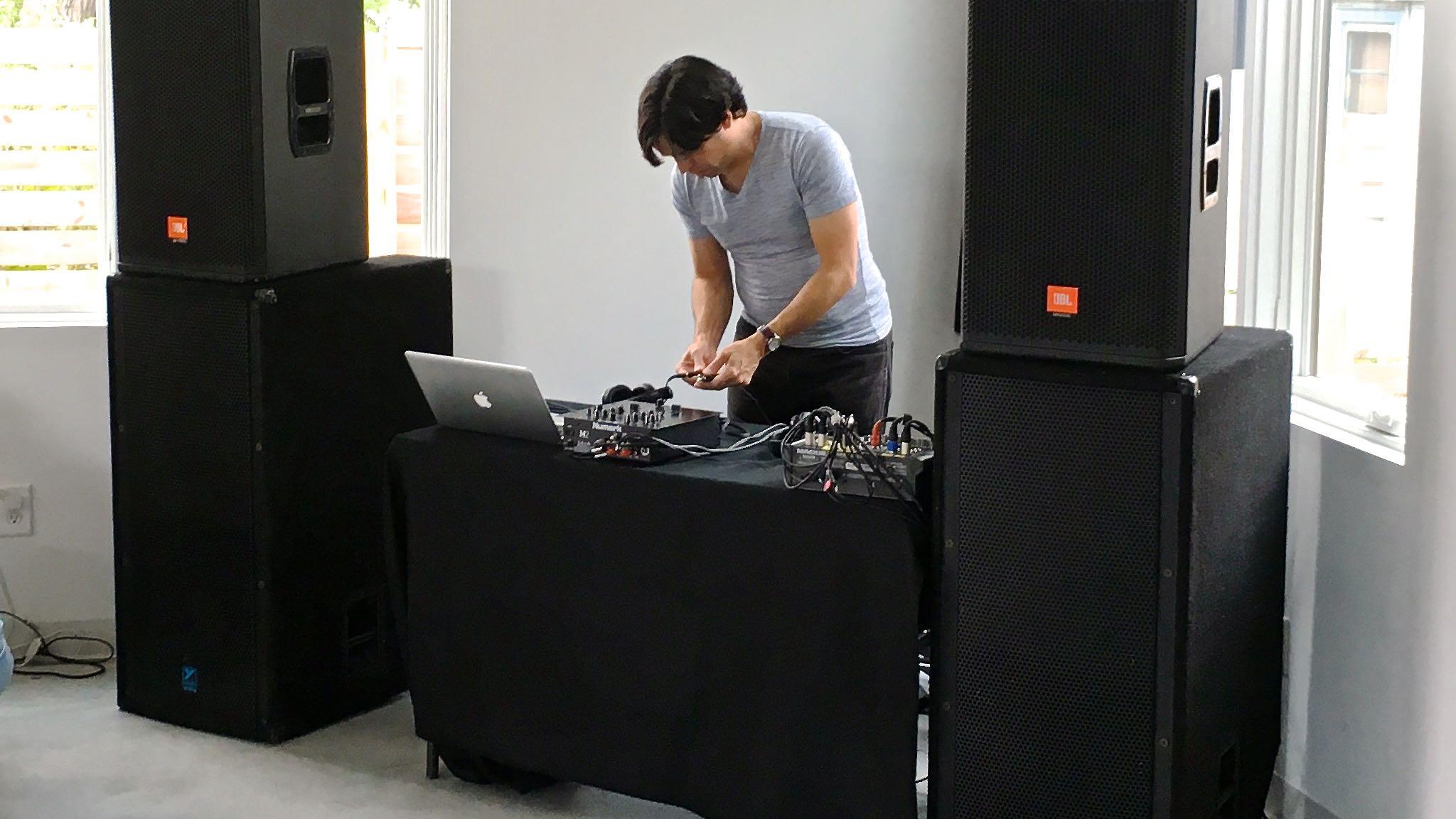 The DJ - 03