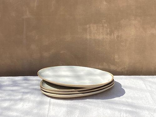The Oval Platter: LA cLAy  x  La Cura