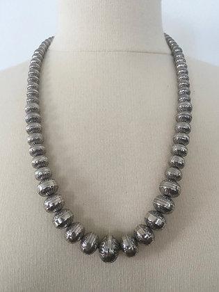 Vintage Carolyn Pollack Sterling Silver Navajo Pearl Necklace