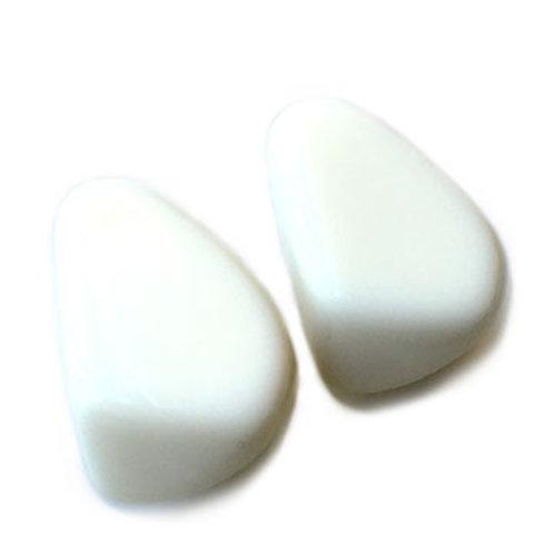 E9 WHITE