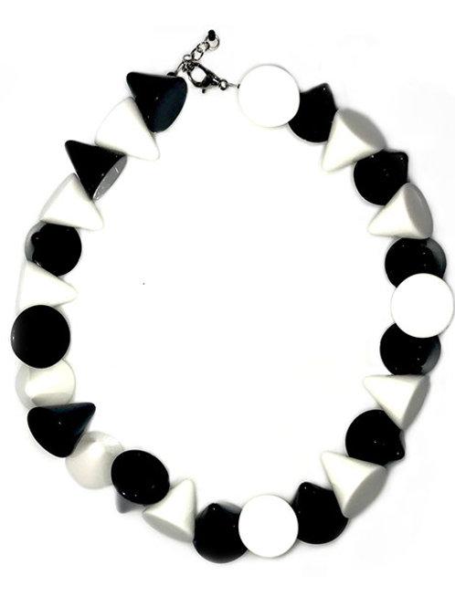 N23 BLACK AND WHITE
