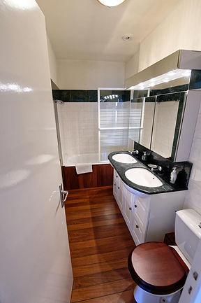 D85_6888_DxO Salle de bain 4&5_0013_r.jp