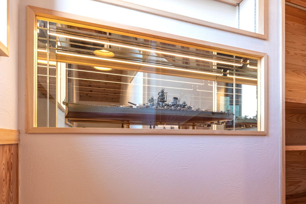お客様のお父様が作られた戦艦大和のコレクションスペースです。