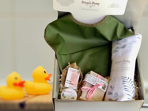 New mamma and baby gift box