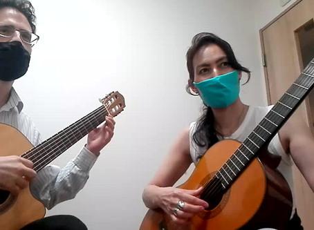 Momo and Carl Play Praetorius