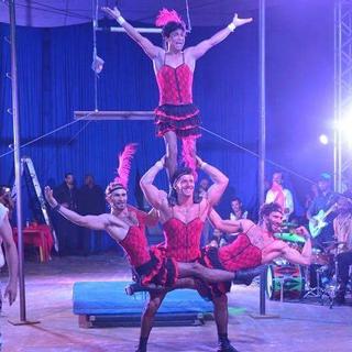 00028casa do circo sabatino bros irmaos