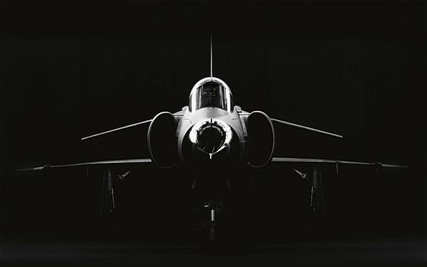 Viggen i svart.jpg