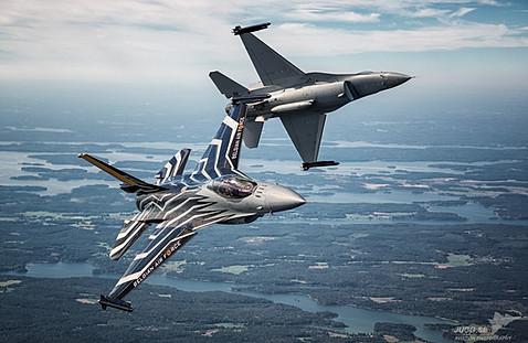 F-16 Fighting facon