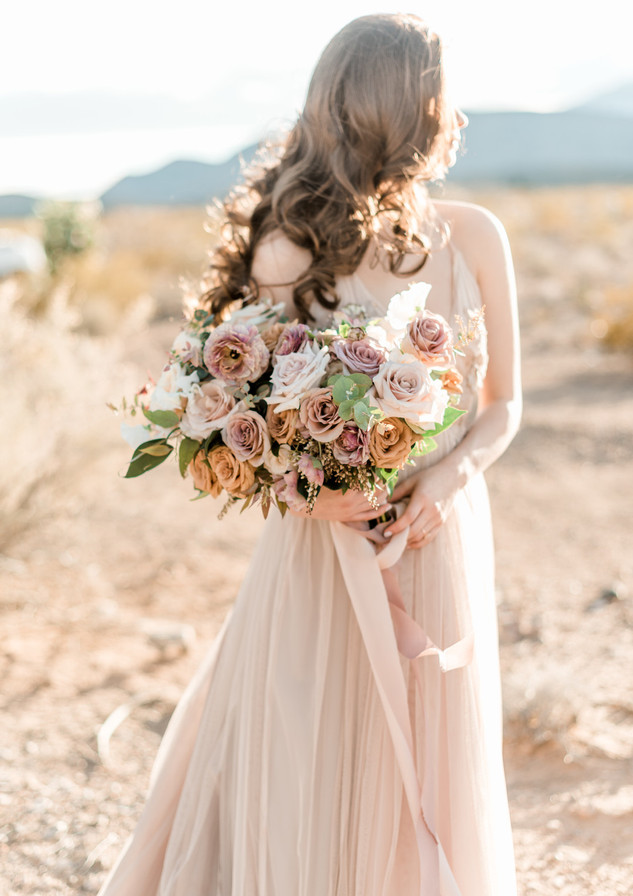 Best Layers of 2019_ Wedding Bouquets__E