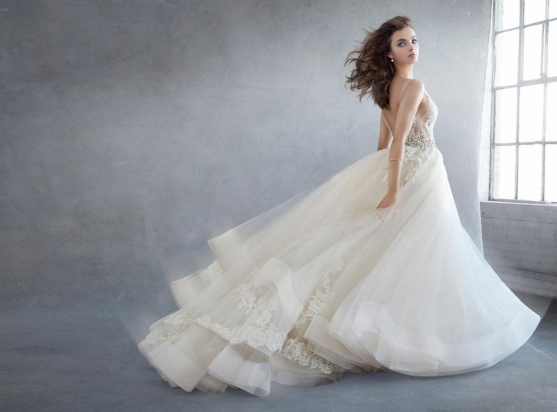 lazaro-bridal-3607_lg.jpg