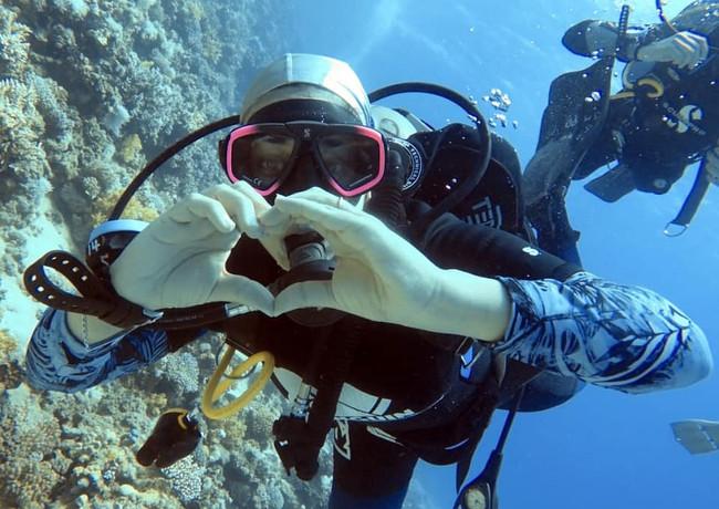 love diving.jpeg