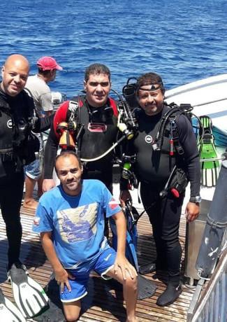 live aboard deck dive 2.jpeg