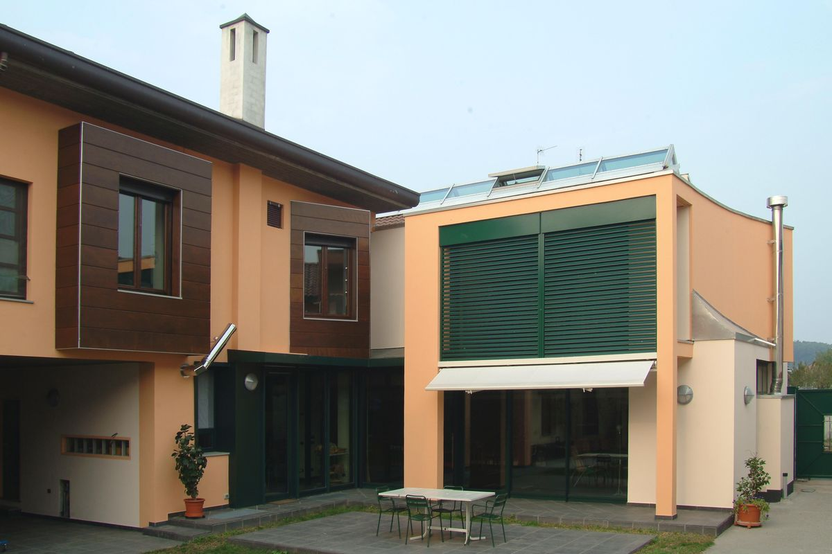 CASA IN VIA SABOTINO turbigo