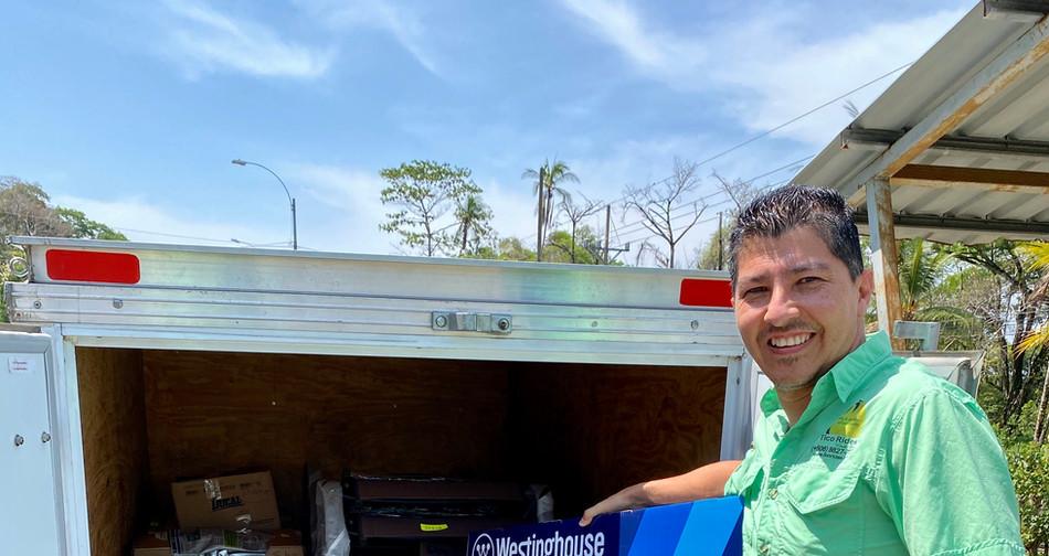 Luis delivering.