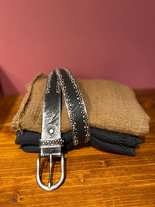 Cinturón tachas