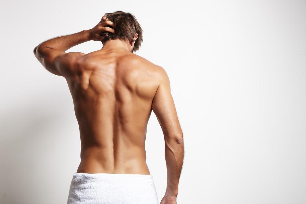 Für Ihn: Professionelle Haarentfernung am Rücken