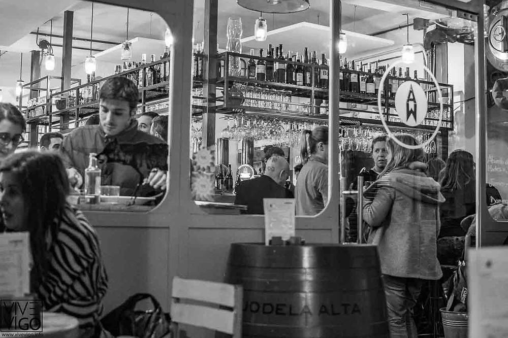 Comer en el Casco Vello de Vigo, A MORDISCOS