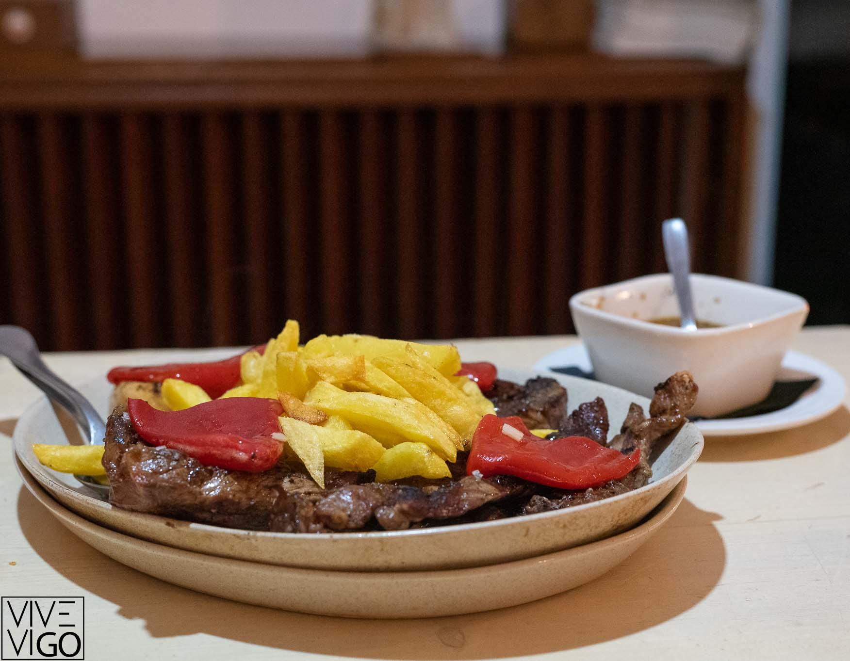 Fai Bistes, comer en el Casco Vello