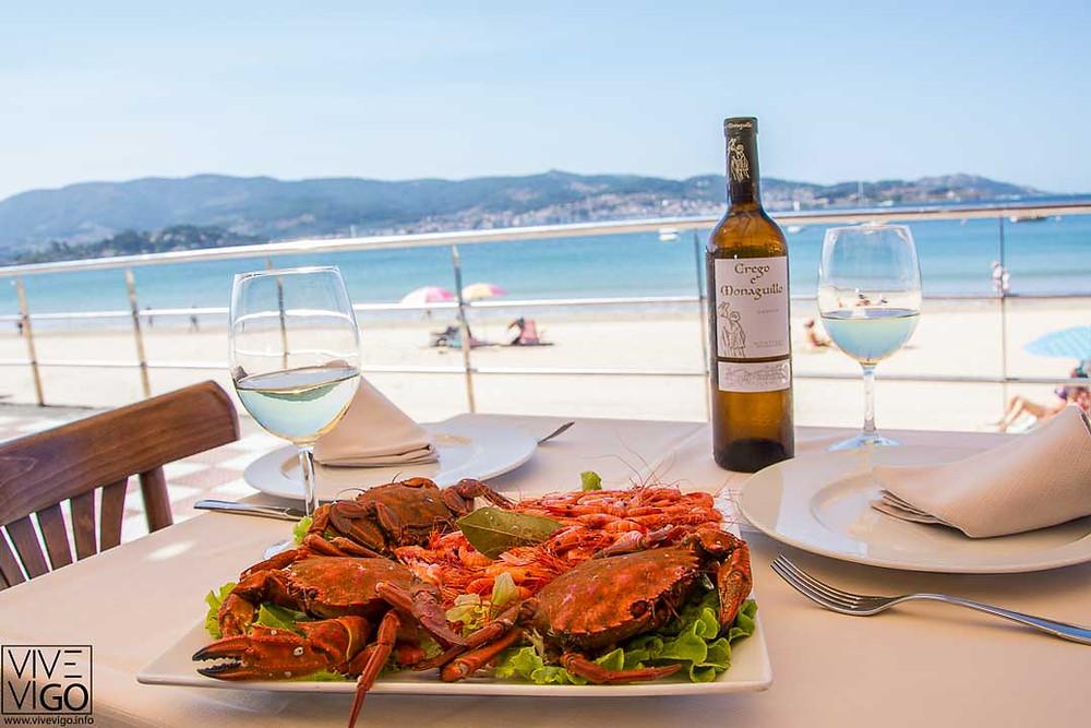 Restaurante con vistas al mar en Panxón