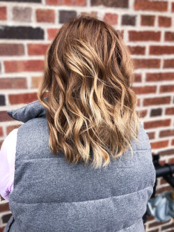 COLOR/PARTIAL BALAYAGE & WOMEN'S CUT