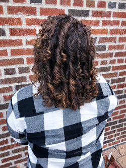 COLOR & CURLY CUT