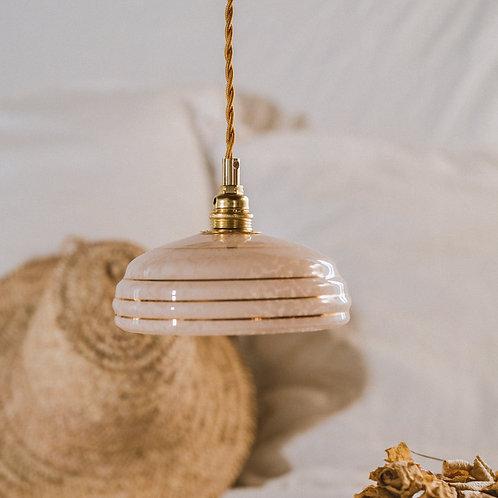 suspension vintage en verre rose de clichy avec fil électrique torsadé doré