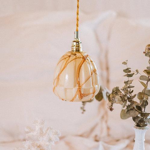baladeuse ancienne en verre jaune et marbrures avec cable électrique torsadé doré