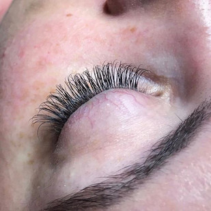Lashes for the win!_Full set $199_Lashes