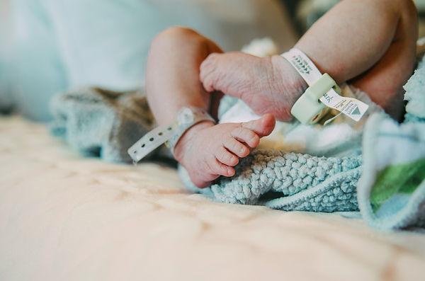 Childbirth can be easy, hire a doula to make labor comfortable, childbirth classes, hosptial birth, homebirth, epidural