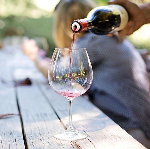 Заливка вина