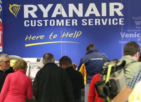 Cancellazioni, Ryanair offre rimborsi o nuovi viaggi