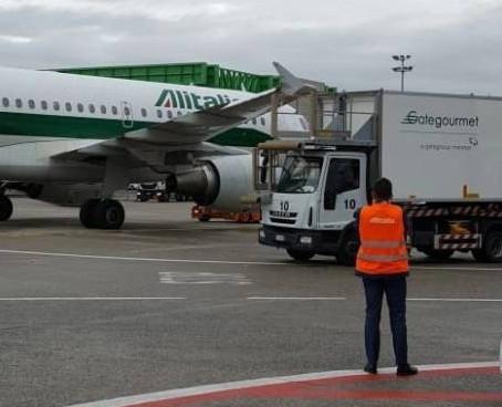 Alitalia, 5 emergenze in 4 giorni