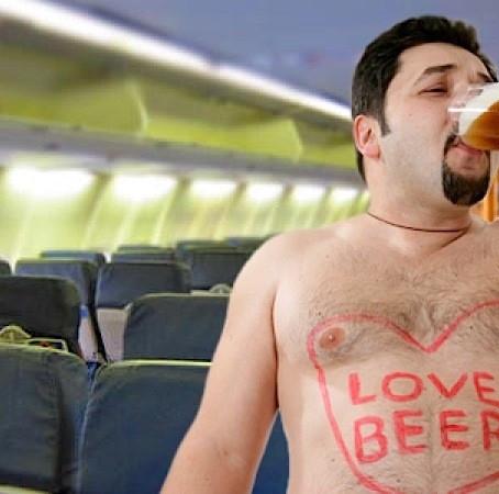 Ryanair agli aeroporti UK: limitare distribuzione alcol