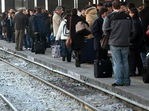 Treni regionali: in 10 anni più costi e meno servizi