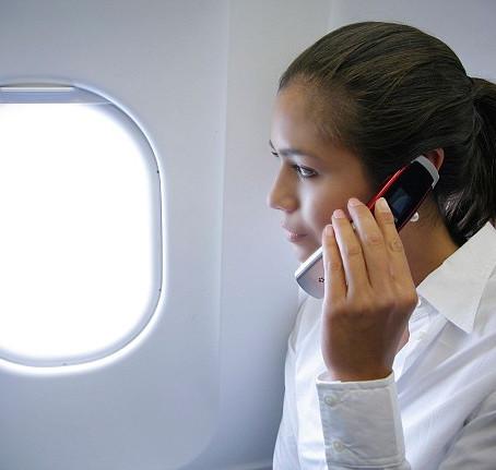 Emirates, 10 anni di telefonate in volo