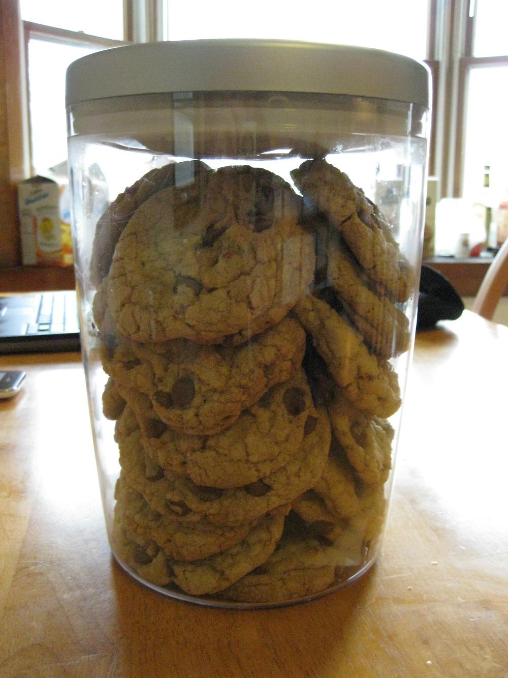"Clutter-Free Ways to Celebrate Valentine's Day - ""Cookie Jar"" by Scott Rubin is licensed under CC BY 2.0"