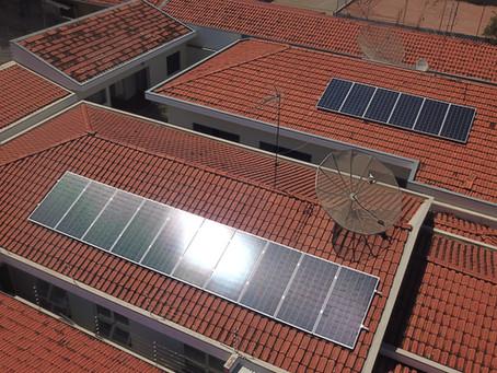 Energia solar gera economia de R$4.882 em somente um ano.