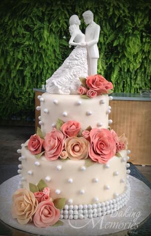 Val's Cakes-p0015.jpg