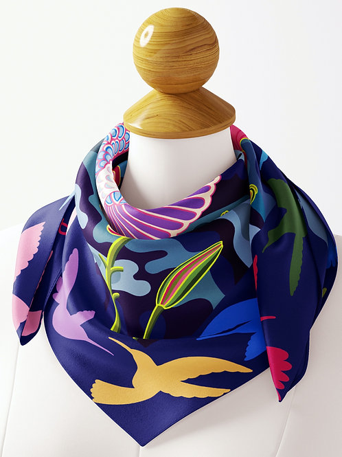 Hummingbird with Orchid Tree Bloom Luxe Silk