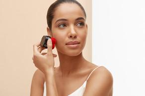 New in!!Shiseido Synchro Skin Self-Refreshing Custom Finish Powder Foundation ❤