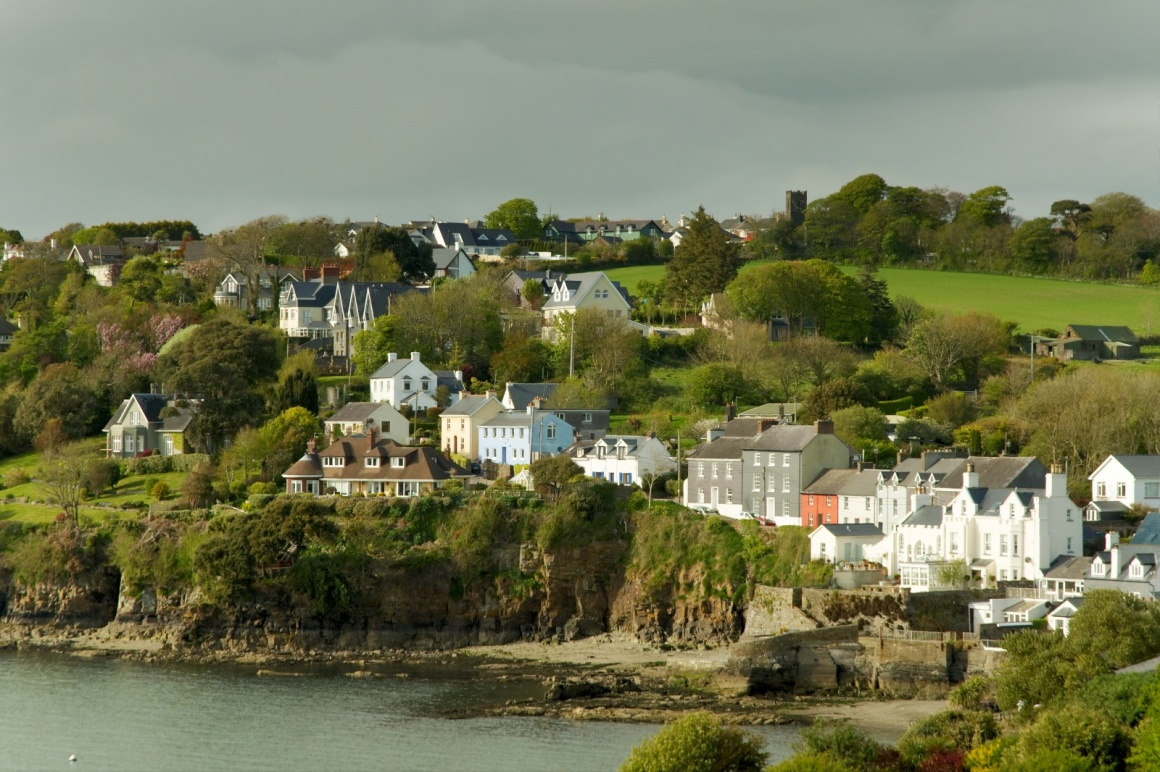 killarney-a-perfect-location-for-vacations-view-of-seaside-houses-at-killarney-ireland-224-.jpg