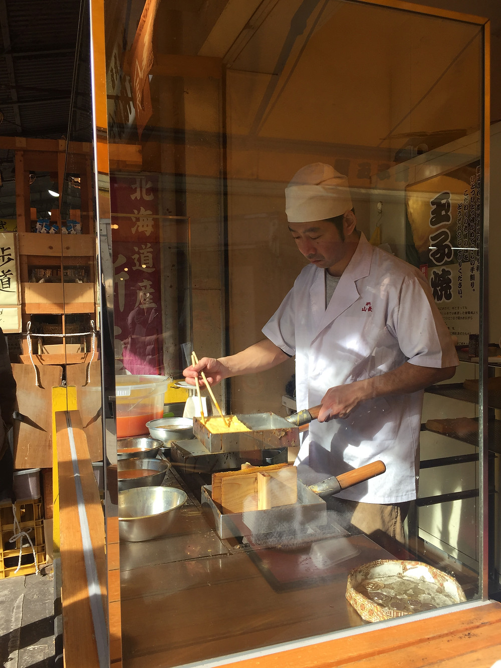 Tamagoyaki in the making - Ordinary Brussels