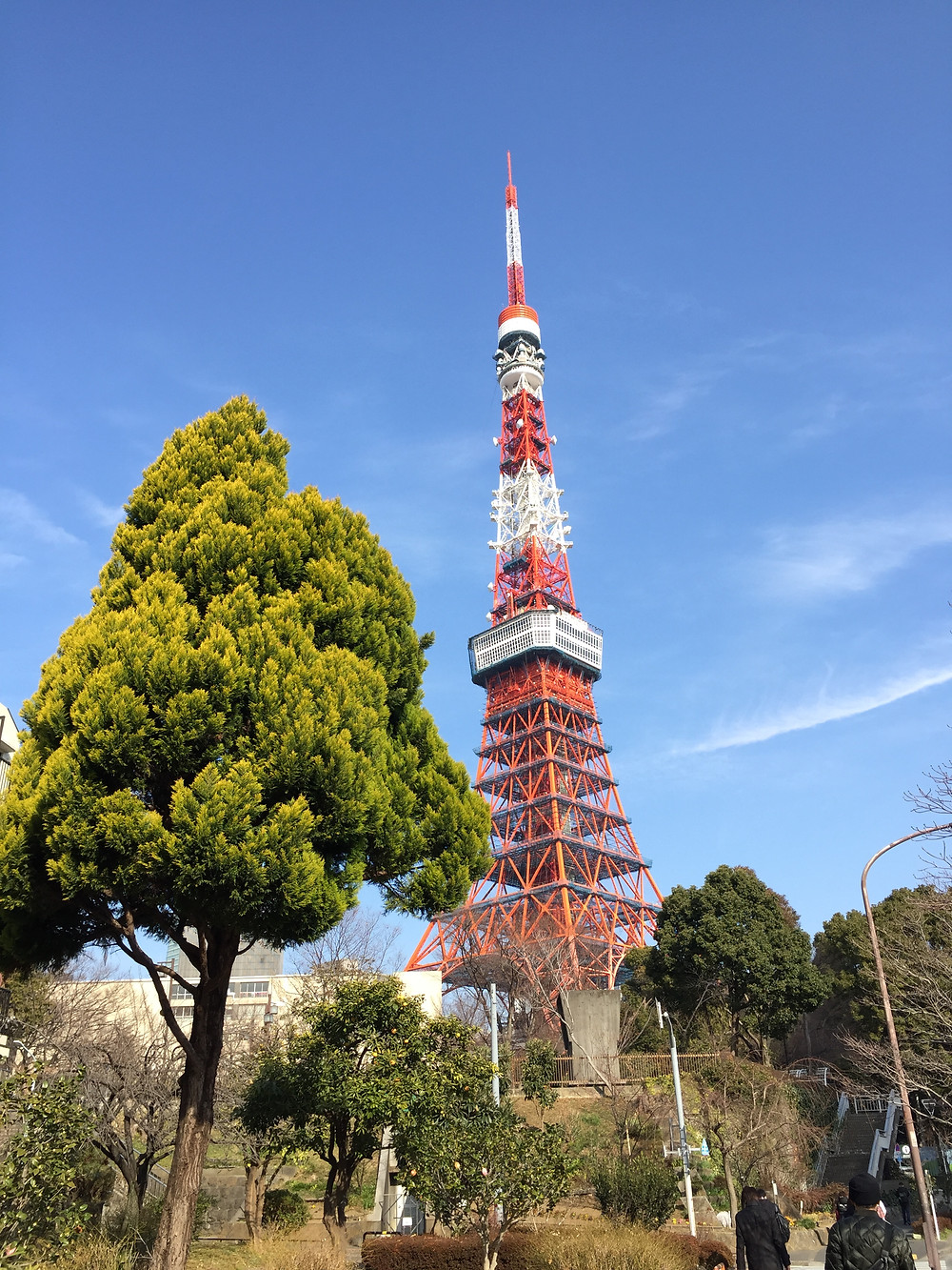 Getting closer to Tokyo Tower - Ordinary Brussels