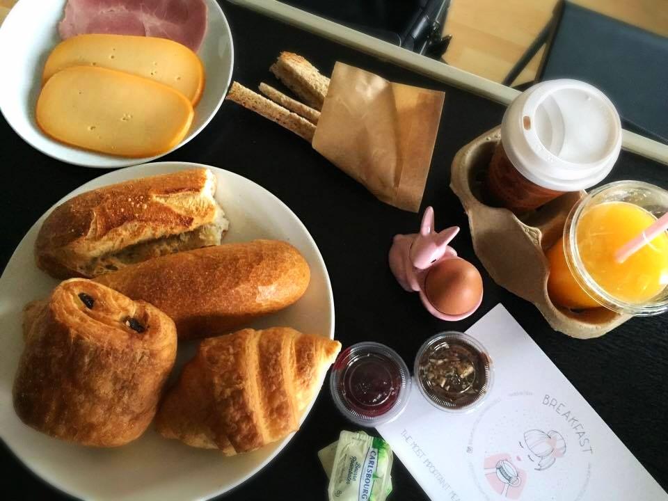 Simple Breakfast unfolded