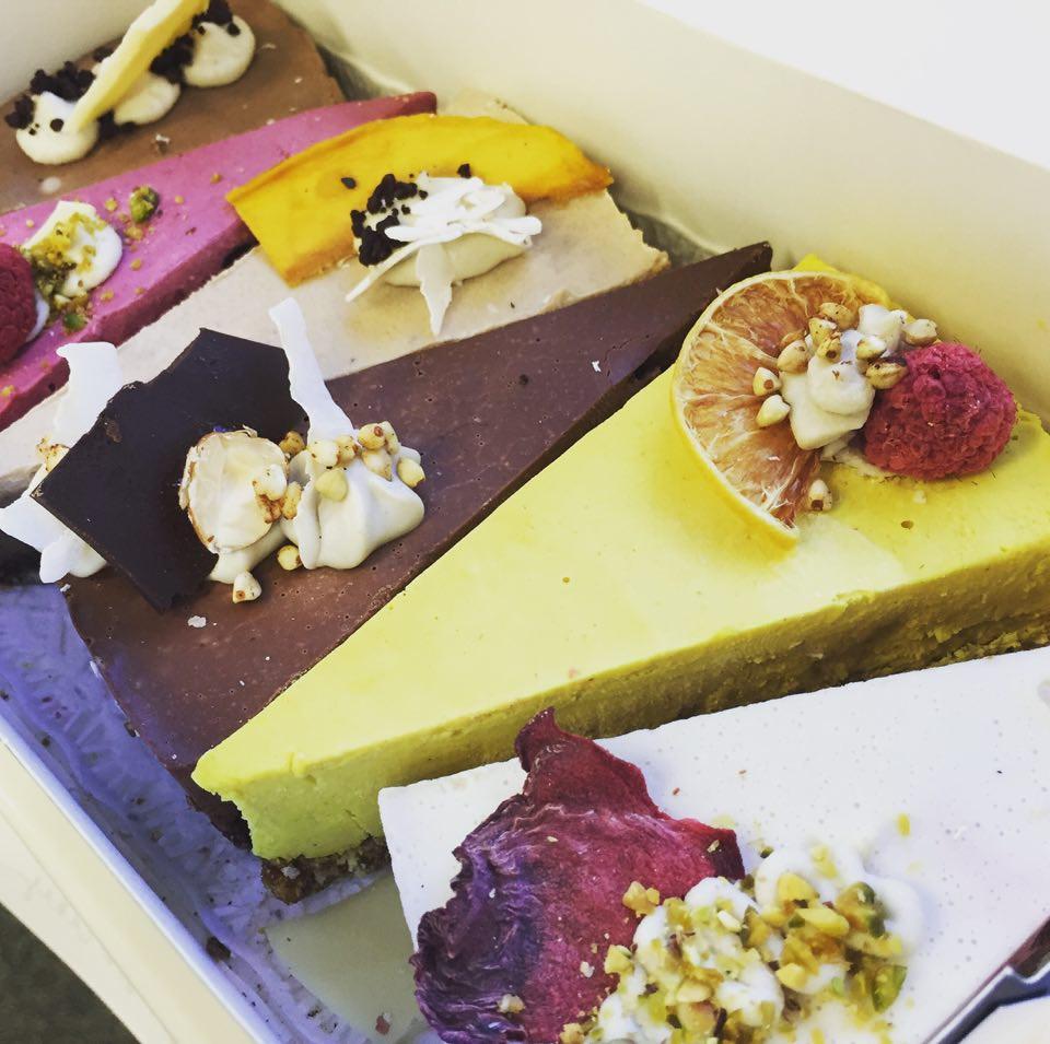 BooBooCakes - The Tasting Cake Box