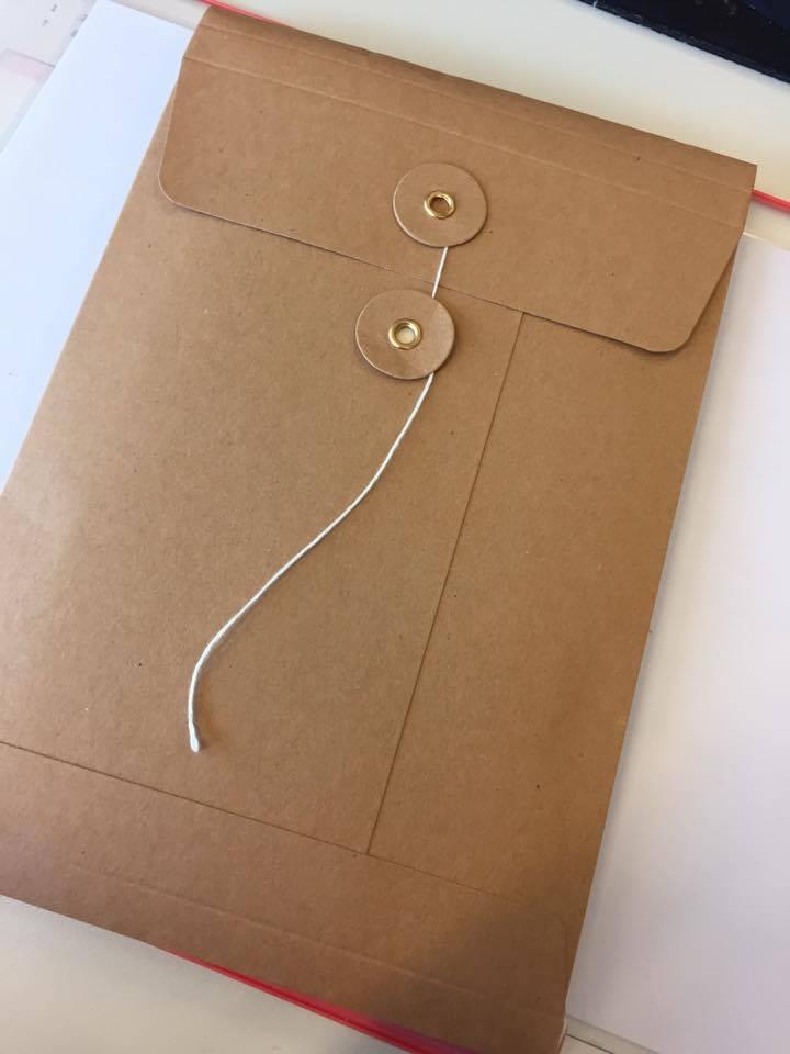 The Envelope from Hoet&Hoet