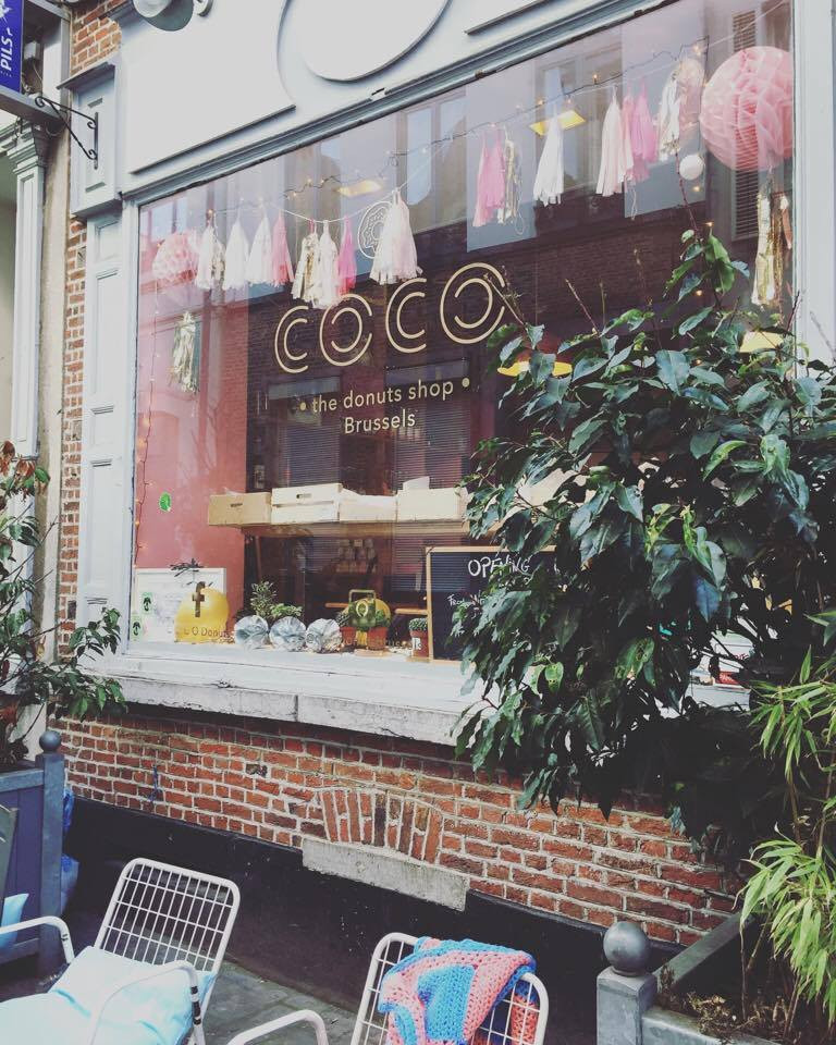 Coco Donuts Front Window - Ordinary Brussels - Lifestyle & Food Blog